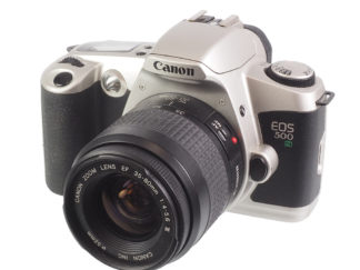 Canon EOS 500N + 35-80mm