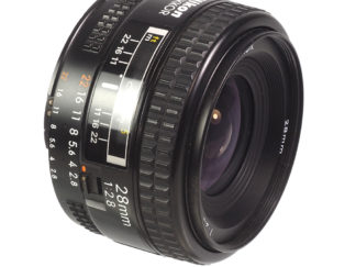 Nikon AF 2,8/28mm