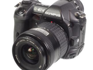 Olympus E-1 + Zuiko 14-45mm