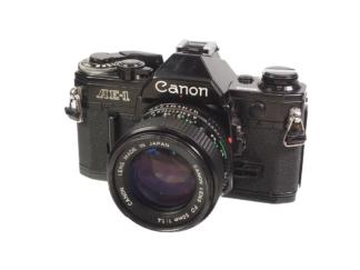 Canon AE-1 schwarz + FD 1,4/50mm