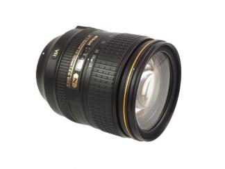 Nikon AF-S 4,0/24-120mm VR