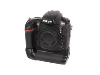 Nikon D800 Gehäuse + Batteriegriff