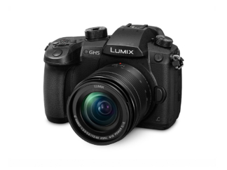 Panasonic Lumix GH5 + 3,5-5,6/12-60mm OIS