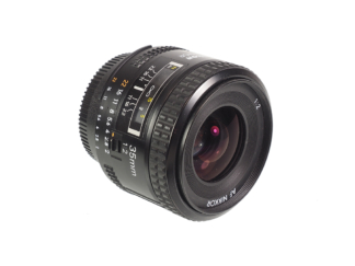 Nikon AF 2,0/35mm