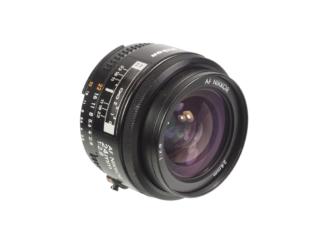 Nikon AF 2,8/24mm
