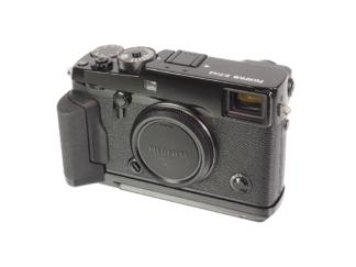 Fuji X-Pro2 + MHG-XPro2