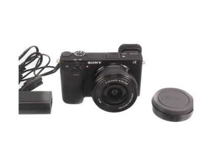 Sony Alpha 6300 mit PZ 16-50mm