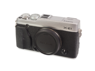 Fuji X-E1 Gehäuse silber