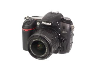 Nikon D7000 + 18-55mm VR