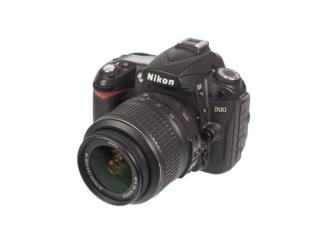 Nikon D90 +AF-S 18-55mm VR