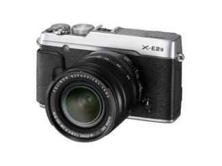 Fuji X-E2S silber + 18-55mm 'Demoware'