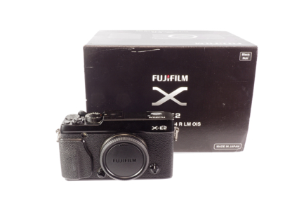 Fuji XE-2 Gehäuse + Mengs-Griff