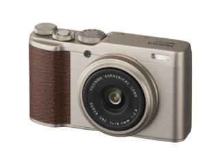 Fuji XF10 gold 'Demoware'