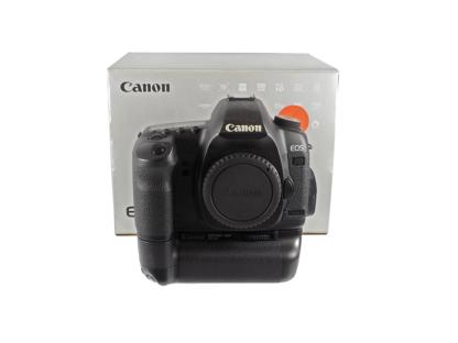 Canon EOS 5D Mark II + BG-E6
