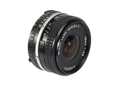 Nikkor Serie E 2,8/28mm