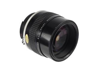 Nikon Nikkor 1,8/105mm AiS