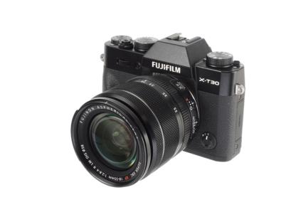 Fuji X-T30 + XF 2,8-4/18-55mm