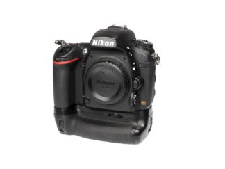 Nikon D750 + MB-D16