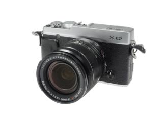 Fuji X-E2 silber + 2,8-4/18-55mm