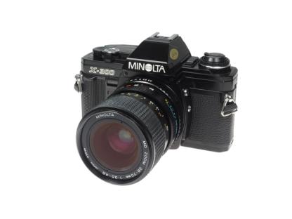 Minolta X-300 + MD 3,5-4,8/28-70mm