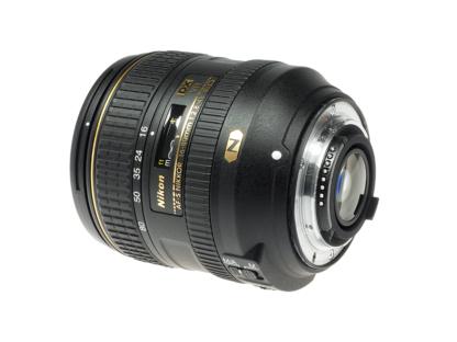 Nikon AF-S 2,8-4/16-80mm VR DX