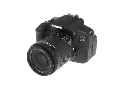 Canon EOS 700D + 18-55mm IS STM