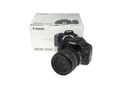 Canon EOS 550D + EF-S 17-85mm