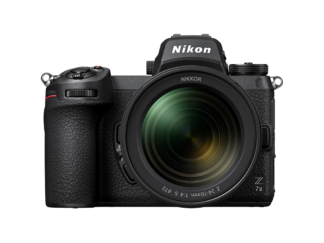 Nikon Z7 II mit 4,0/24-70mm S